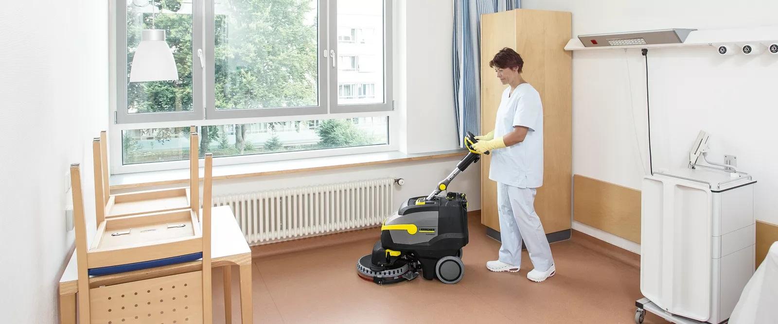 desinfeccion del suelo con fregadora karcher - LIMPIEZA DE SUELOS: LIMPIEZA Y DESINFECCIÓN MECÁNICA CON FREGADORAS DE SUELOS